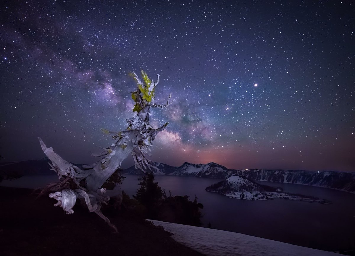 crater-lake-np-45-milky-way